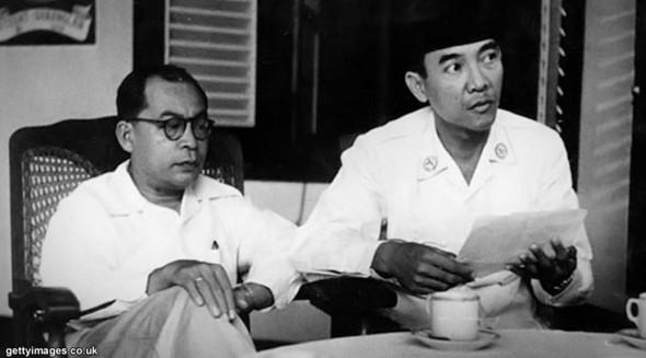 apa-perintah-pertama-soekarno-sebagai-presiden-ri
